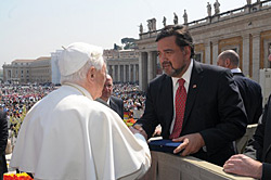 Bill Richardson Meeting the Pope